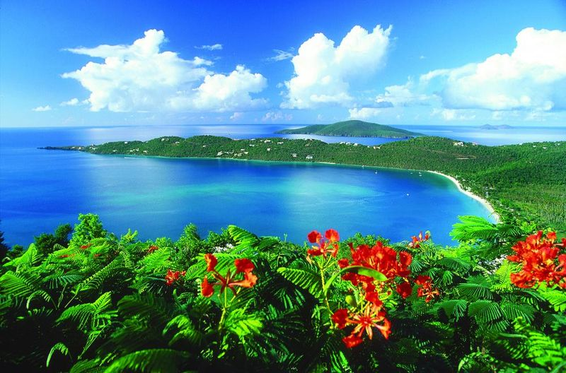 St thomas wedding and honeymoon attractions - magens bay beach